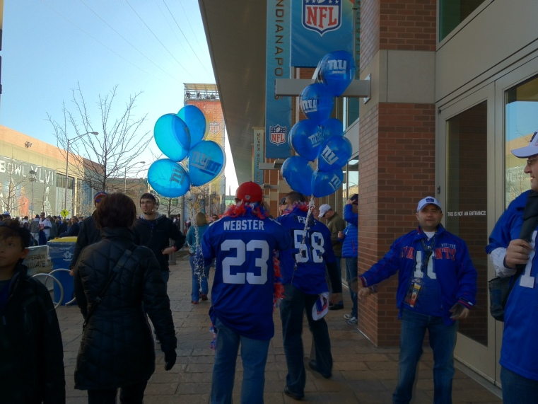 Giants fans outnumber Patriots fans eight to one in Indianapolis.